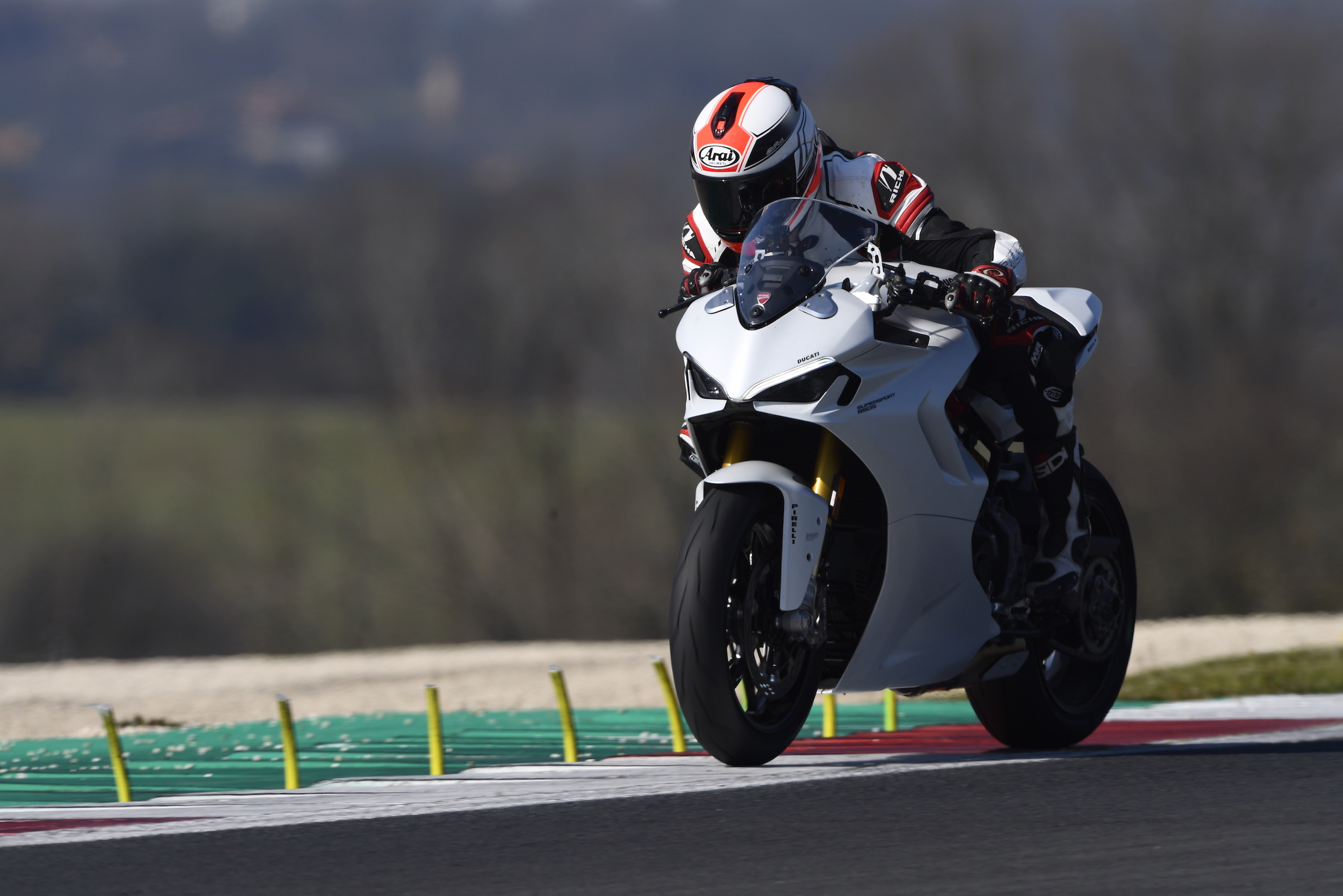 Ducati 950 SuperSport S 2021