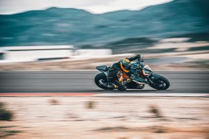 KTM Super Duke RR 2021